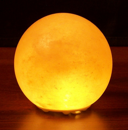 What Colors Do Salt Lamps Come In : Shops Scanner - Himalayan Salt Crystal Lights Planet Globe